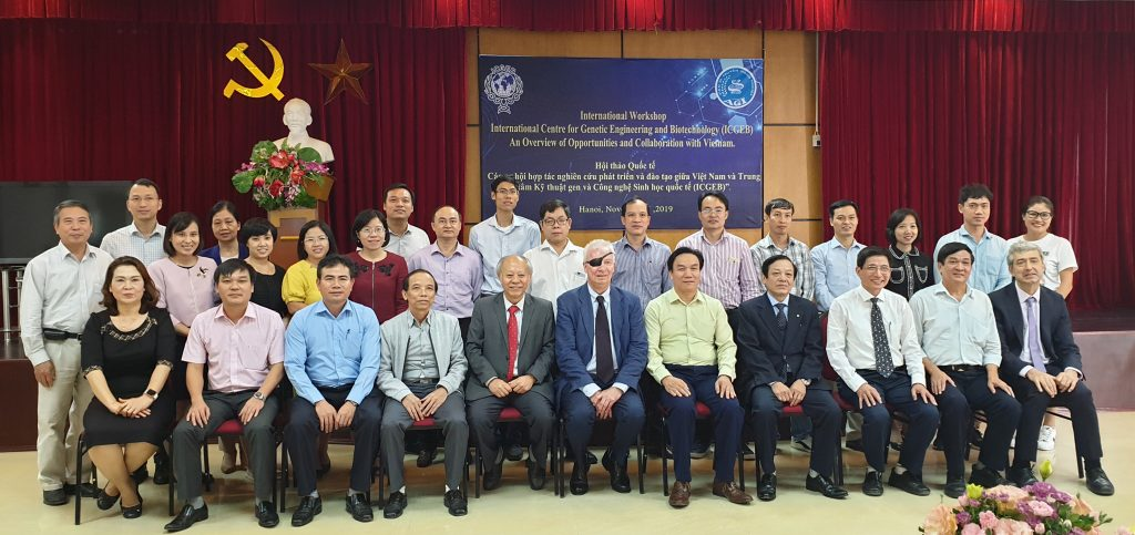 ICGEB Awareness Workshop in Vietnam, with Lawrence Banks, and Vittorio Venturi from ICGEB and Dr. Do Nang Vinh, ICGEB Appointed Governor and Liasion Officer for Vietnam