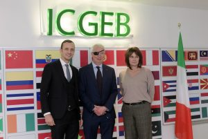 L-R: President of the Region, Massimiliano Fedriga, Lawrence Banks, ICGEB Director-General and Councillor Alessia Rosolen, FVG Region